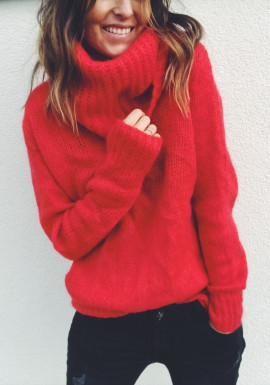 Red Pullover Bowie