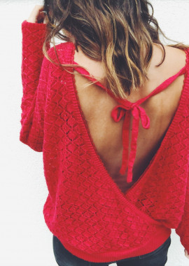 Red Pullover Kim