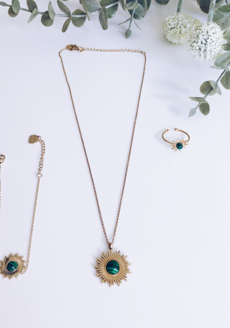 Golden and Green necklace Lilo