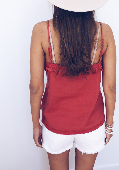 Red Top Lyna
