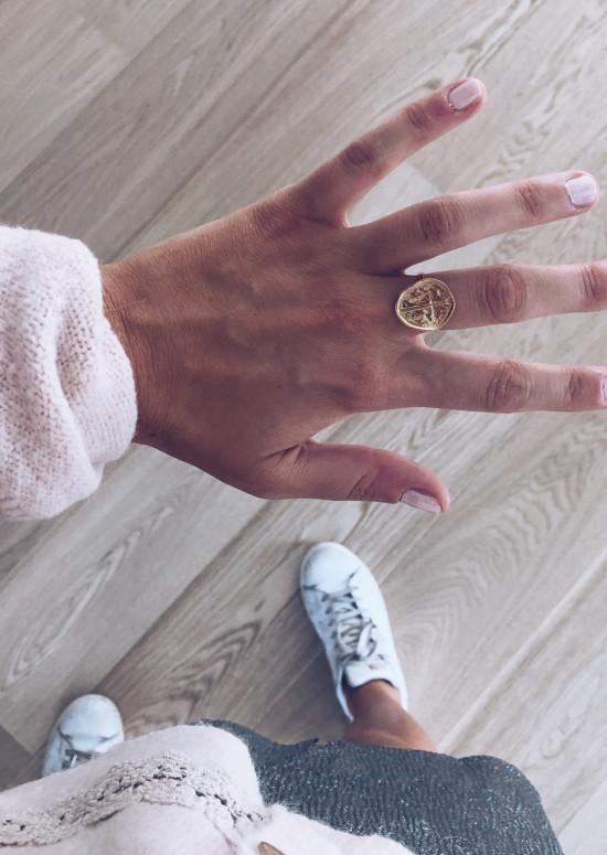 Golden Samy ring