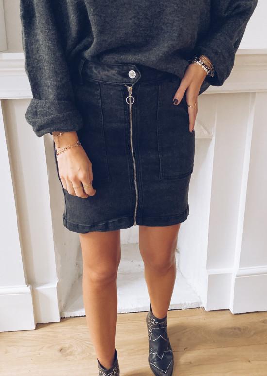 Mely skirt in dark grey jeans