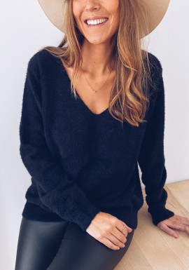 Cely Black Sweater