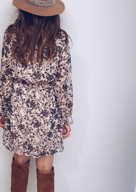 Beige Oma dress