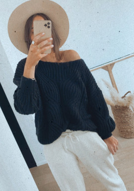 Ines black sweater
