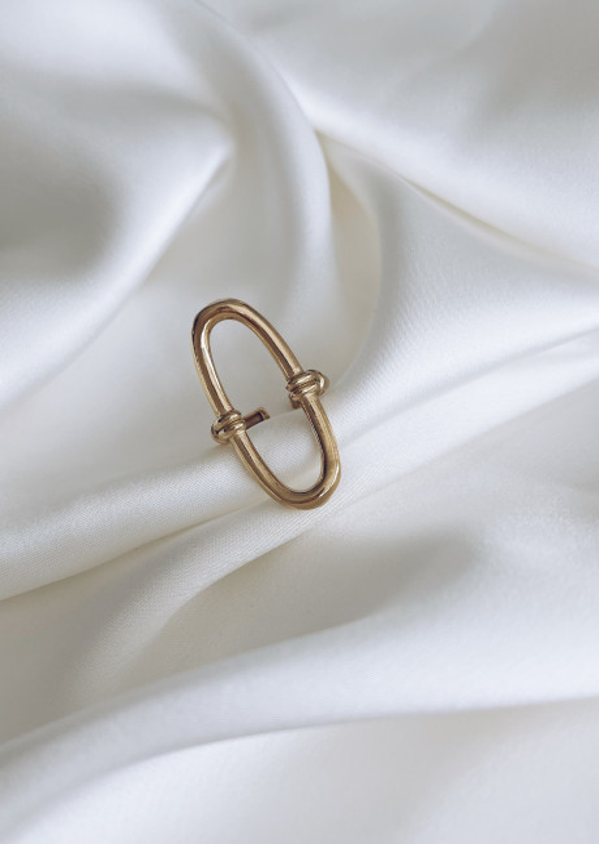 Golden Vido ring
