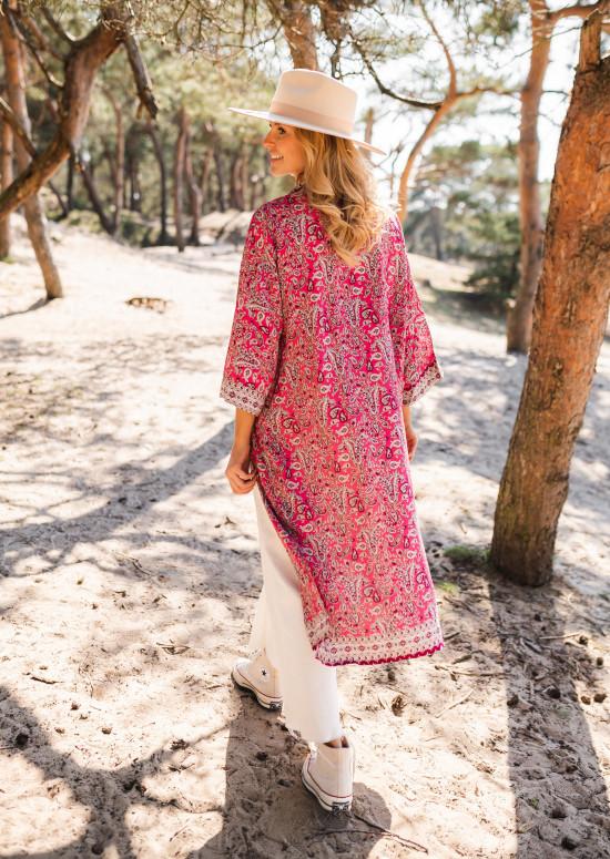 Pink Sansa patterned kimono
