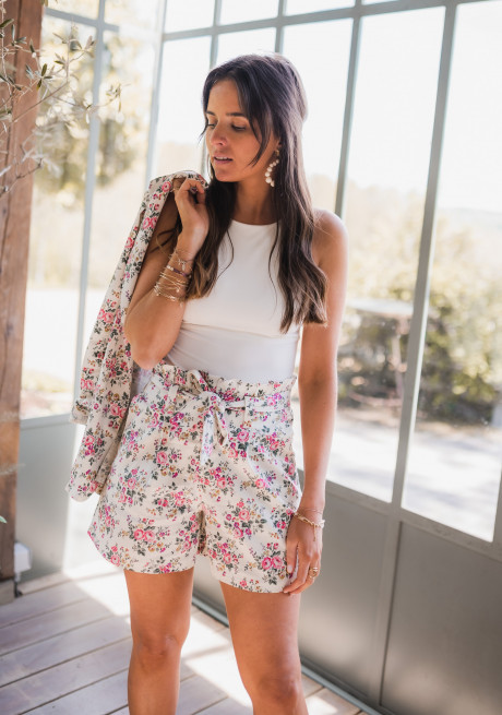 Stan shorts with flowers