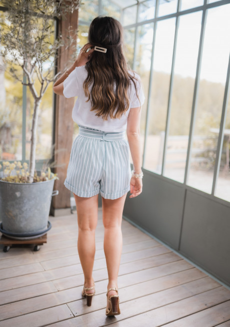 Pomy shorts with lines