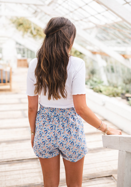 Lita shorts with flowers