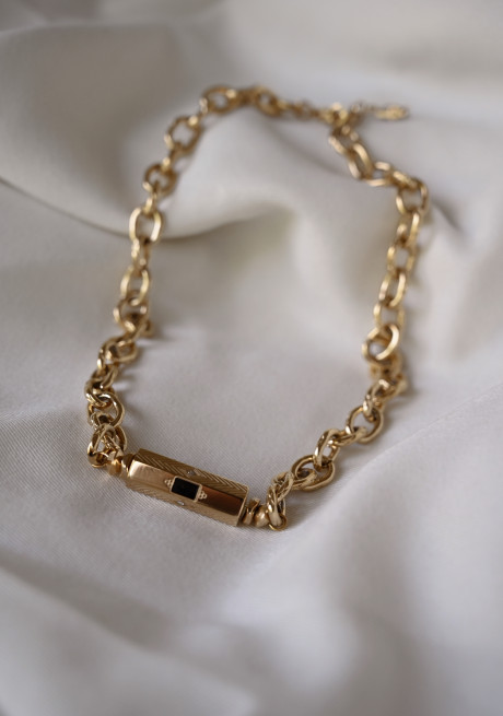 Golden Saly necklace