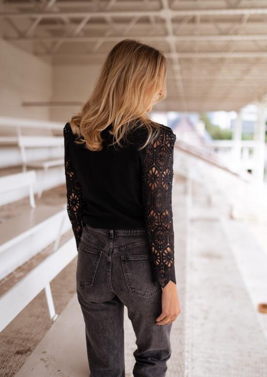 Black Meloa sweater