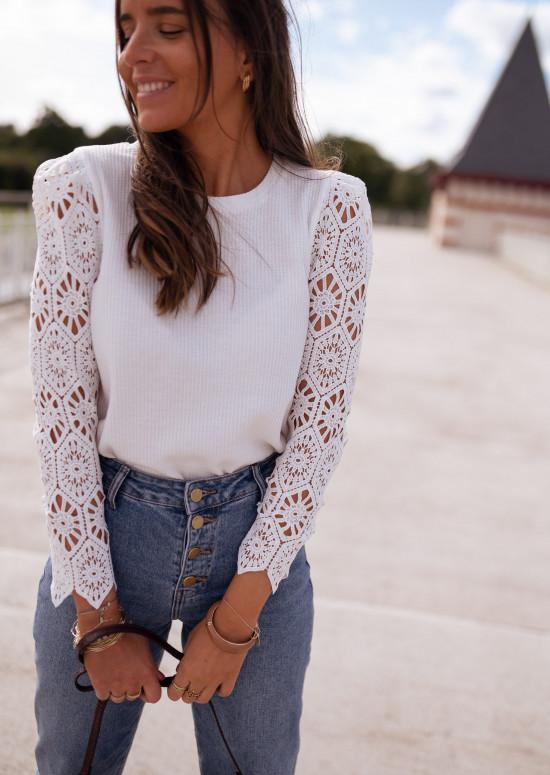 White Meloa sweater