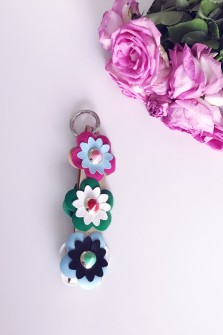 Golden Keyring with flowers